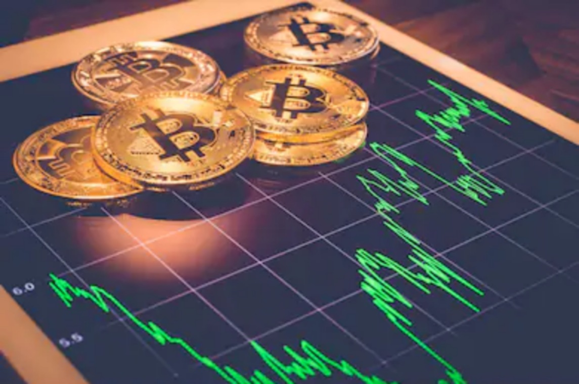 Bitcoin Needs To Maintain Its Value Above $55K In Order To Hit The $60,000 Mark